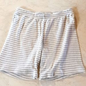 Size 6 Carters casual striped shorts